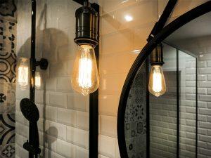 2-salle-de-bain-style-industriel-carrelage-metro ...