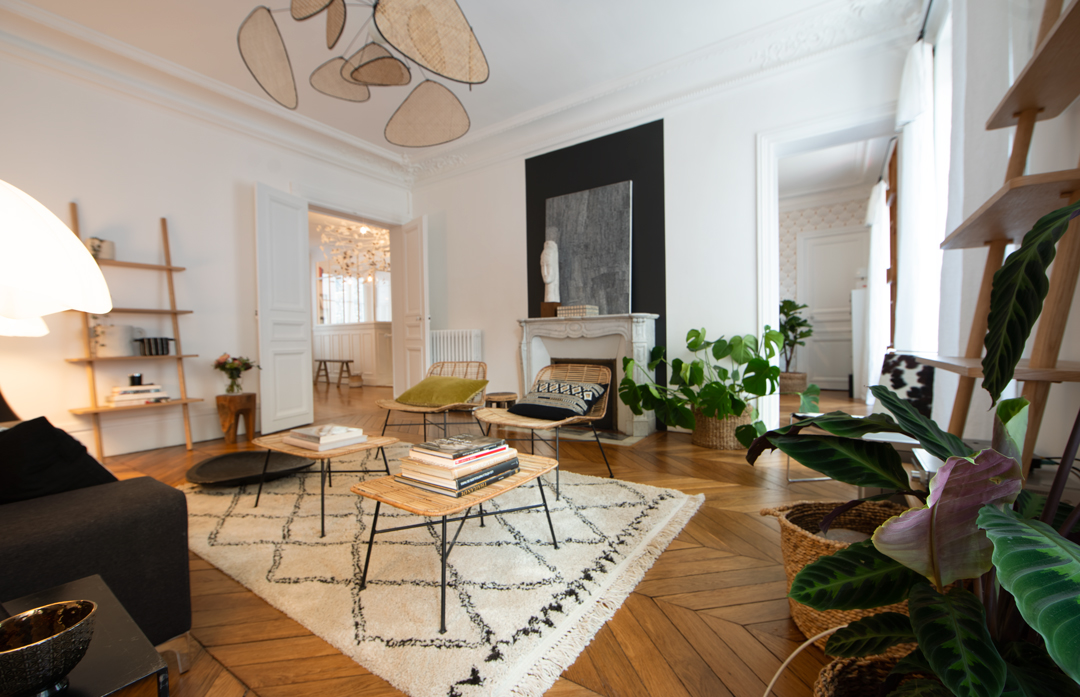 3-decoration-appartement-120m2-neuilly-salon-noir-et-blanc ...